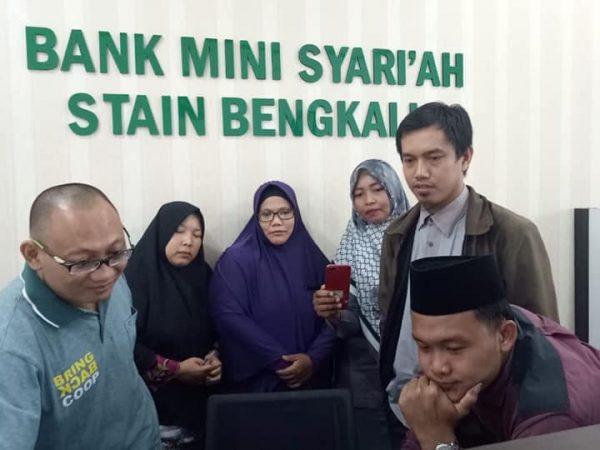 Pelatihan Aplikasi Perbankan Syariah